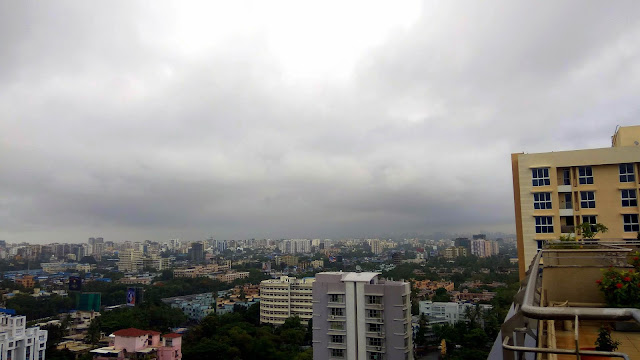 grey sky, monsoon, mumbai, incredible india, north mumbai, clouds,