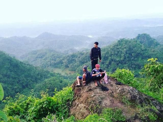 Bukit watu Geong