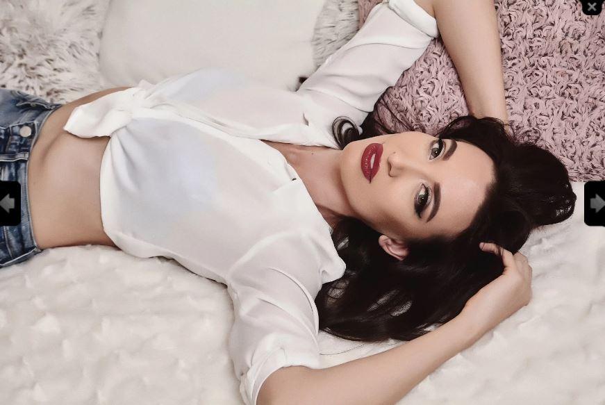 CharlizeAnna Model Skype