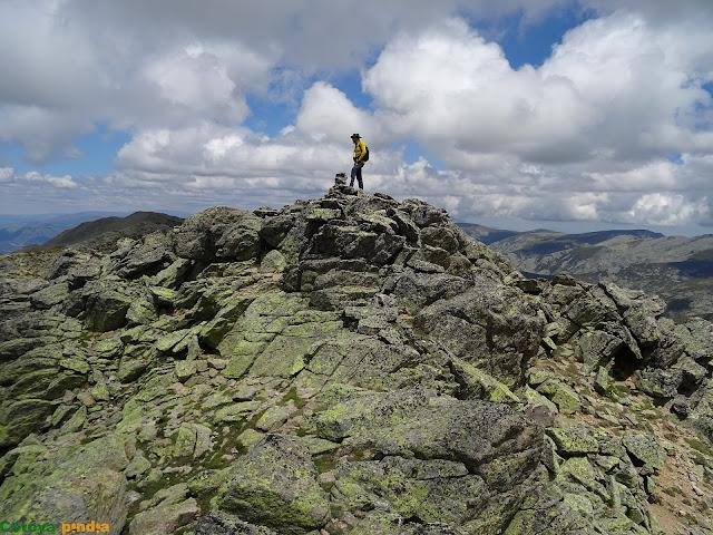 En lo alto de la cima de El Juraco