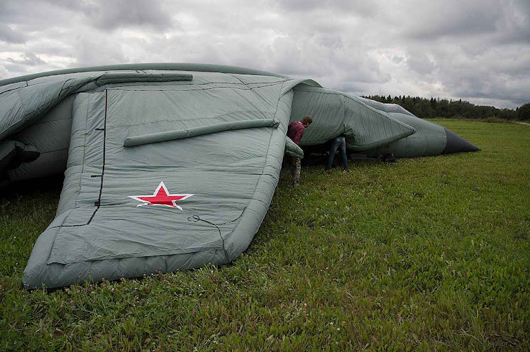 MIG 31 sendo inflado perto de Moscou.