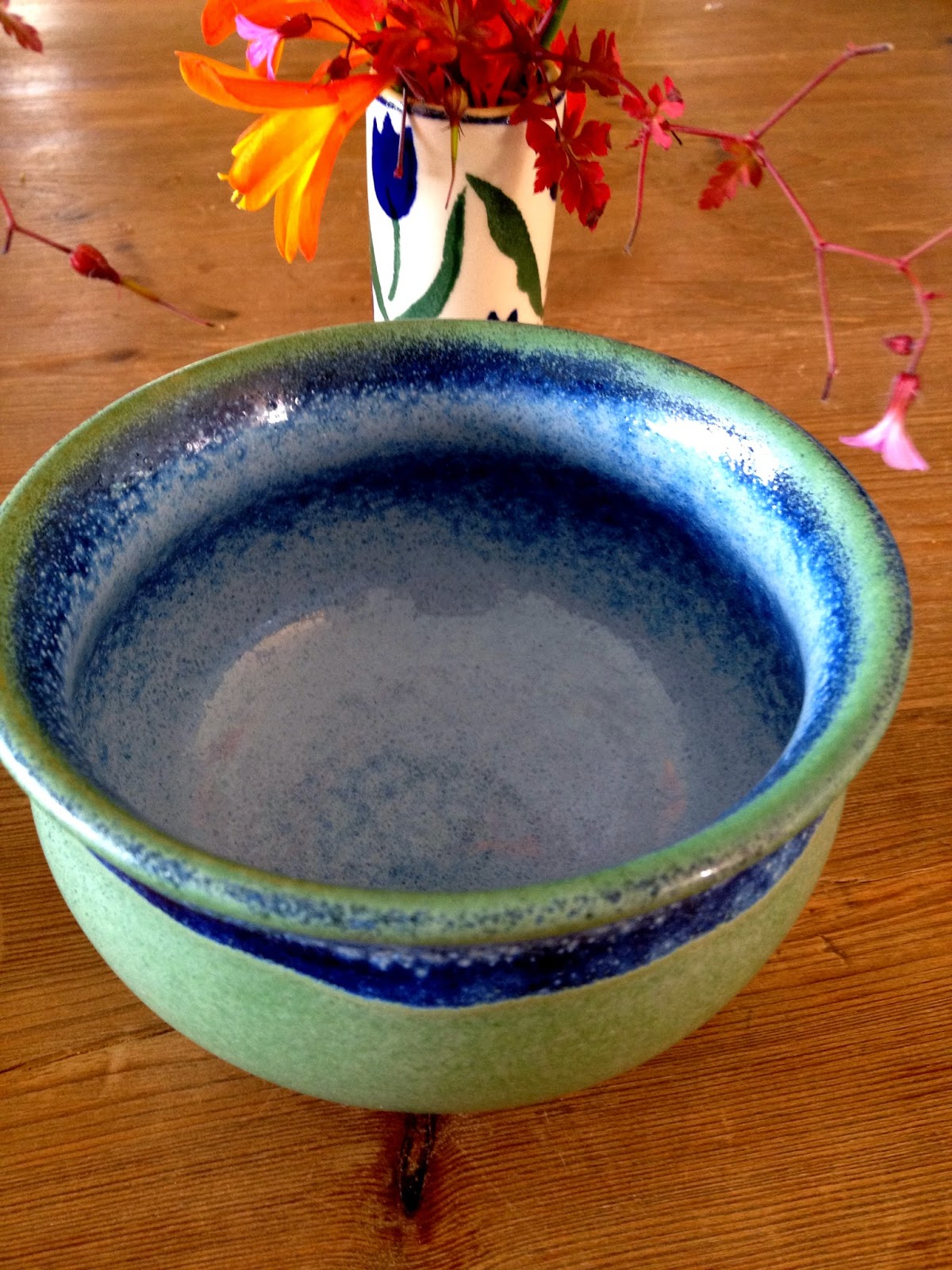 Mountcharles Pottery Bowl