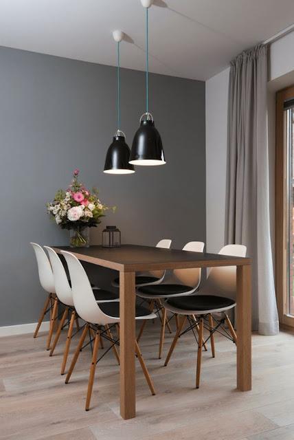 decoração-sala-de-jantra-com-mesa-encostada-na-parede
