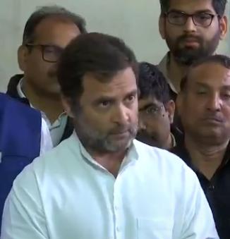 गुजरात के पांच विधायकों के इस्तीफा देने की अटकलें