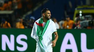 """بالفيديو . اللاعب الجزائري رياض محرز يوجه رسالة هامة بخصوص فيروس """" كورونا """""""