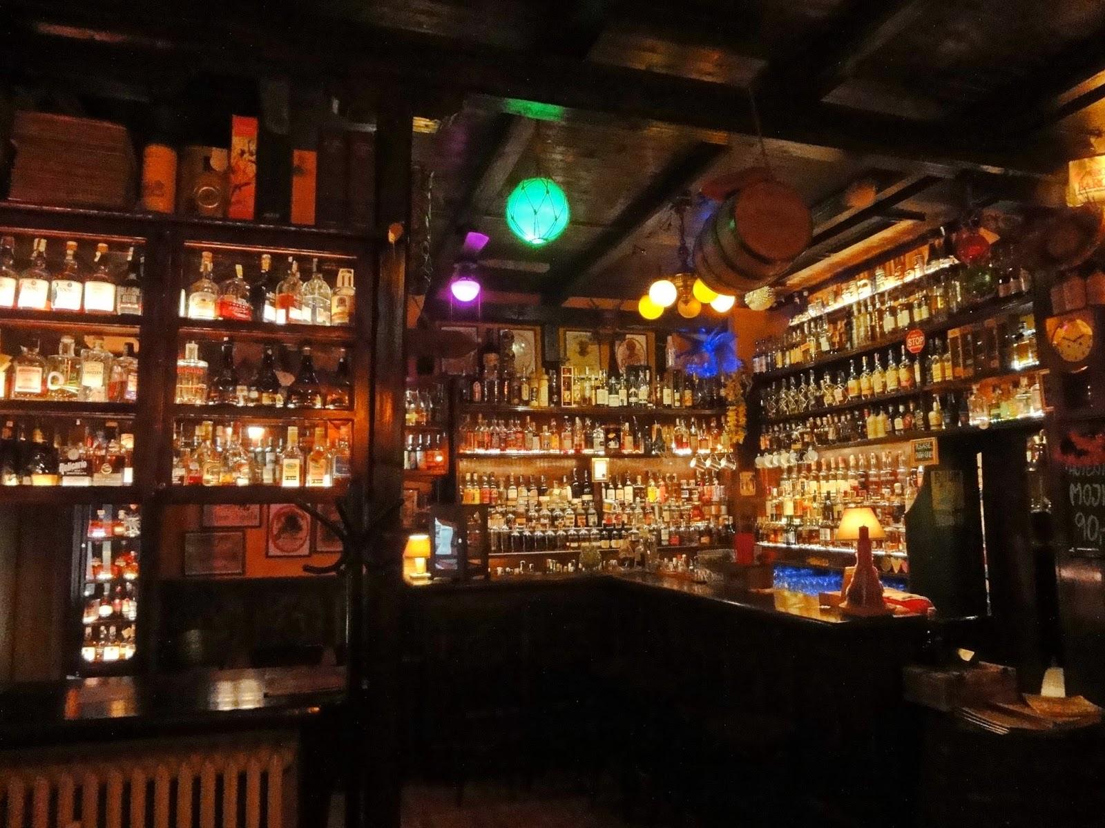 Coeur De Chauffe Le Plus Beau Bar Du Monde Le Rum House Prague