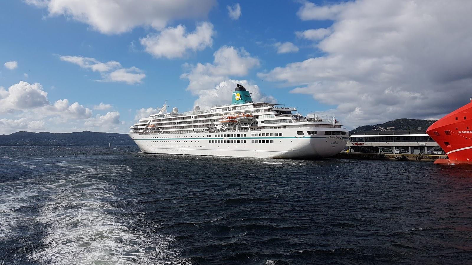 Amadea - Cruise ship amadea