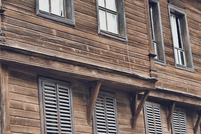 Sozopol to istny labirynt wąskich uliczek z typową bułgarską zabudową