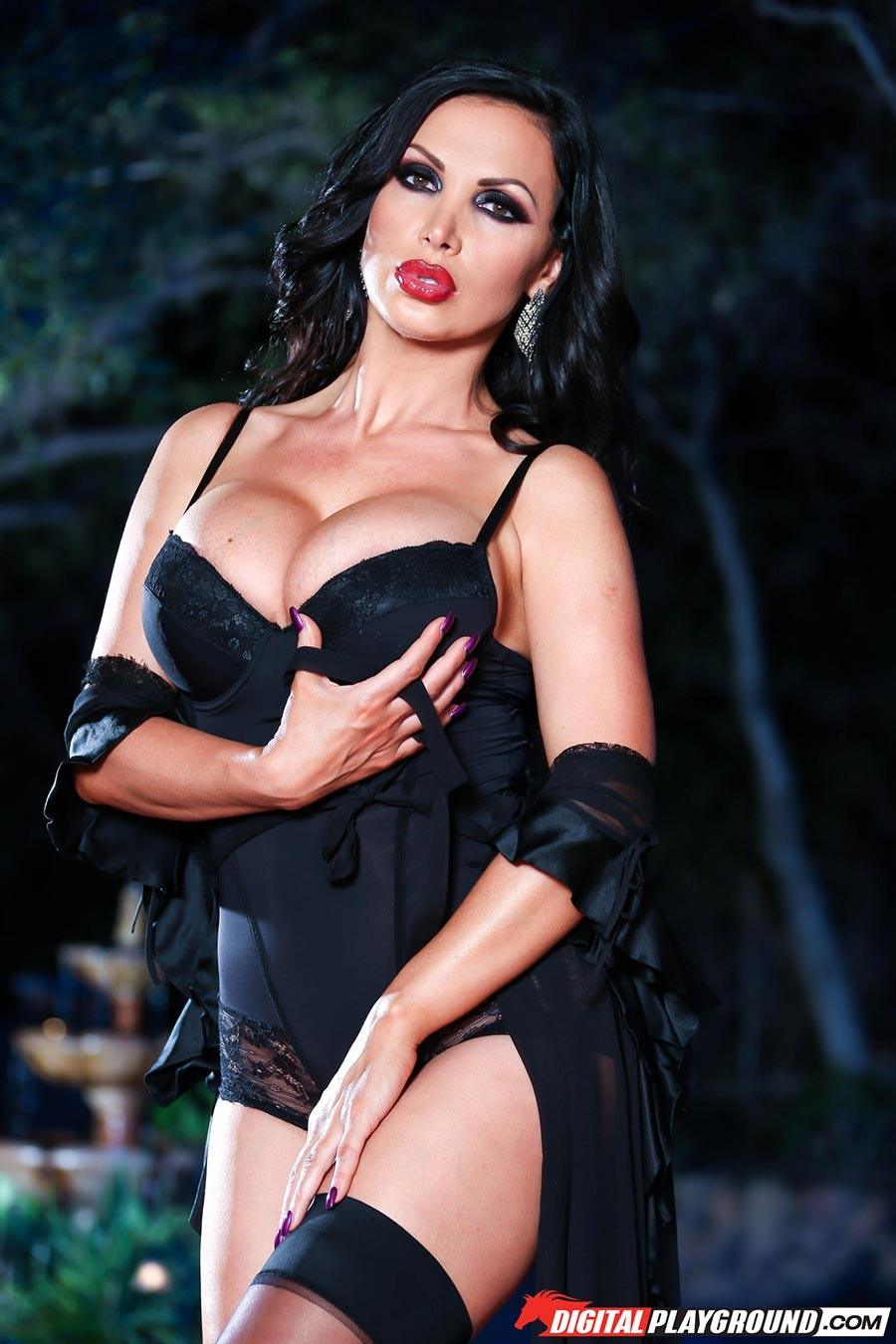 video nikki benz