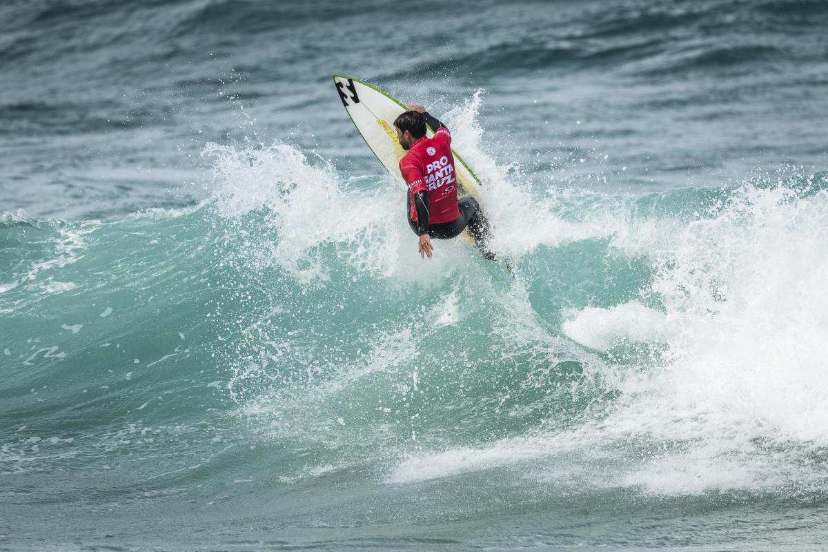 Pro Santa Cruz pres by Oakley Highlights Competition Gets Underway on Day 2
