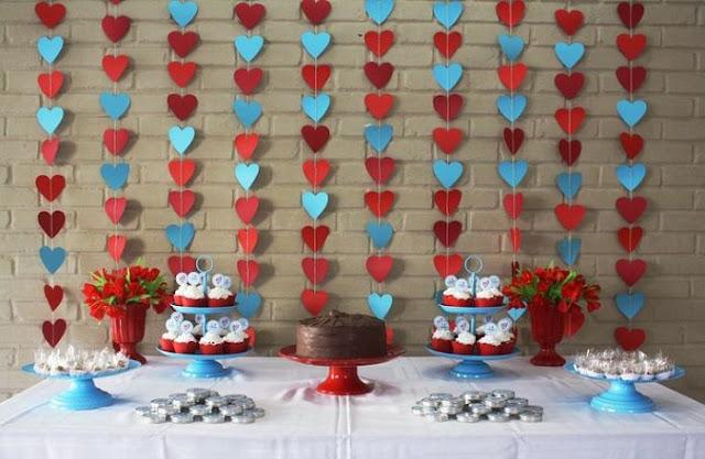 3-dicas-de-como-organizar-um-noivado-decoracao-mesa-principal