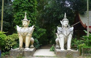 Chiang Mai, Wat Sakithaka o Wat Pha Lat o el Templo de la Roca Inclinada.