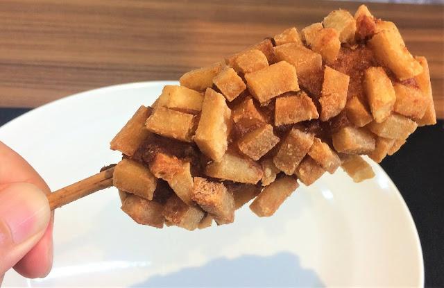 ファミマ チーズドッグ