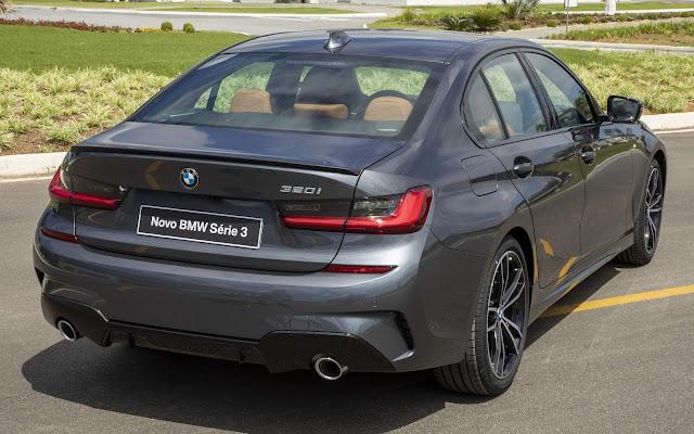 BMW 320i - carro premium mais vendido do Brasil
