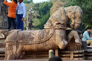 konark sun temple,stone chariot,,stone horse