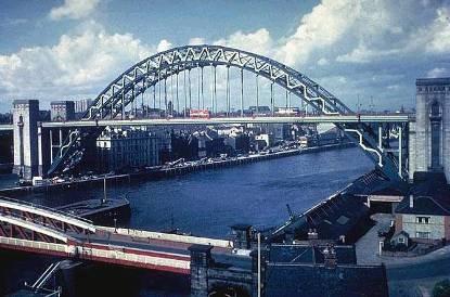 Puente arco sobre el Tyne (Newcastle)