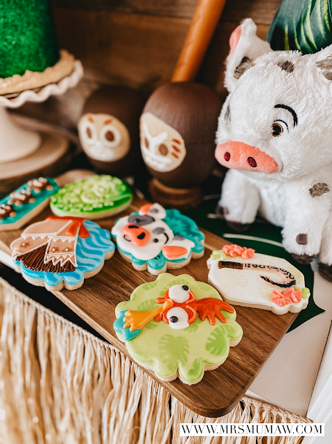 Moana birthday party, moana birthday, moana party ideas, moana cookies