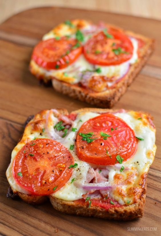 SYN FREE PIZZA TOASTS #recipes #healthyideas #healthyrecipes #snackideas #healthysnackideas #food #foodporn #healthy #yummy #instafood #foodie #delicious #dinner #breakfast #dessert #yum #lunch #vegan #cake #eatclean #homemade #diet #healthyfood #cleaneating #foodstagram