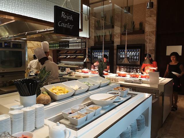 Marriott Cafe Afternoon tea buffet