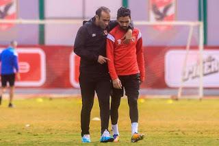 اللاعب المصري حسين الشحات يجري عملية جراحية