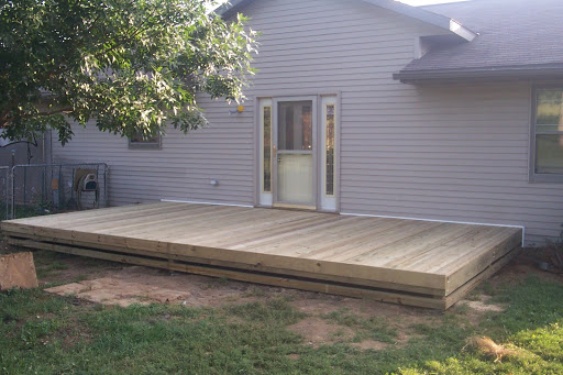 Simple deck ideas for backyard