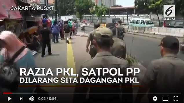 [Vidio] Berbeda Rejim Ahok, Sandiaga: Razia Tidak Boleh Sita Barang PKL
