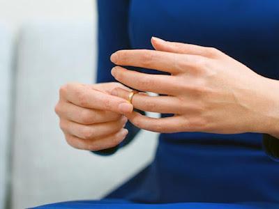 طلب خلع, خلافات زوجية, طلاق محكمة الأسرة,