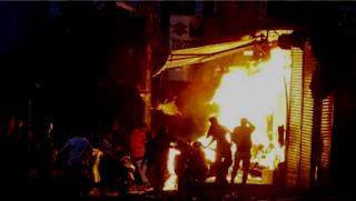 हिंसा की आग से जल रहा दिल्ली, 13 की मौत और 250 घायल, जानिए अब तक क्या हुआ