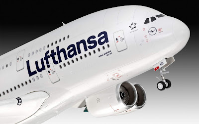 Airbus A380-800 Lufthansa picture 3