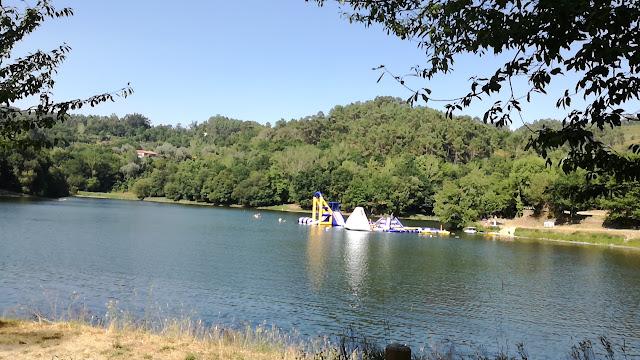 Parque de Insufláveis Aquáticos- Aquapark Fratelli - Inflatable Water Park