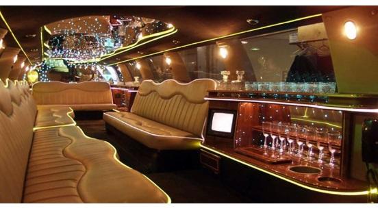 Interior mewah mobil Limosine