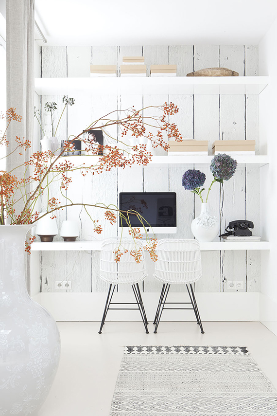 Home office inspiration | Image via Vtwonen