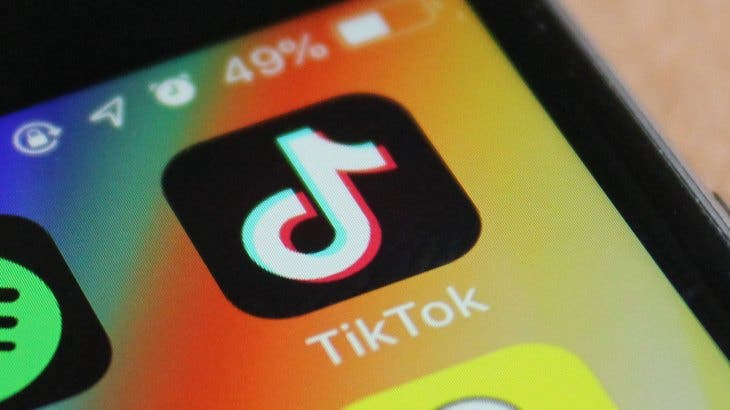 تقرير : TikTok يجذب أموالًا أكثر من الشركات الكبيرة مثل YouTube