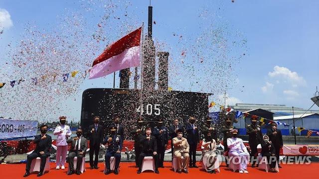 La Armada de Indonesia recibe el submarino Tipo 209/1400  KRI Alugoro 405