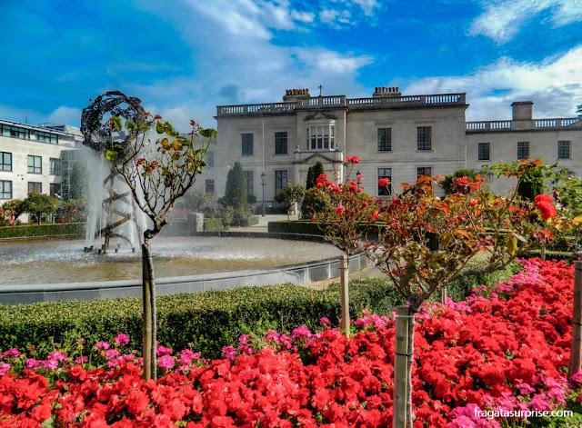 Jardins do Hotel Radisson Blu St Helen's, em Dublin