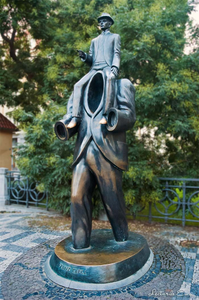 Sculptura Kafka Jaroslav Rona
