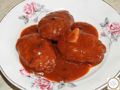 Chiftele cu sos retete traditionale romanesti,