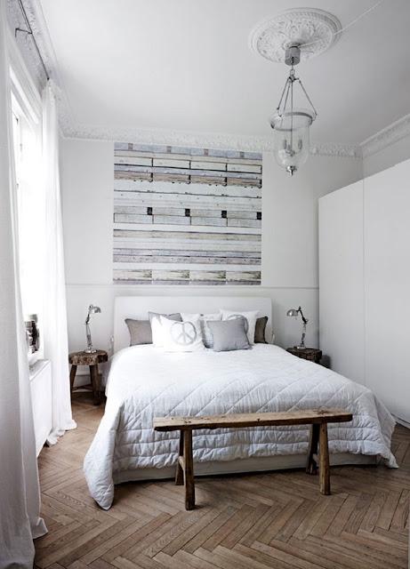 Kamar Tidur Skandinavia dan Distressed Wood