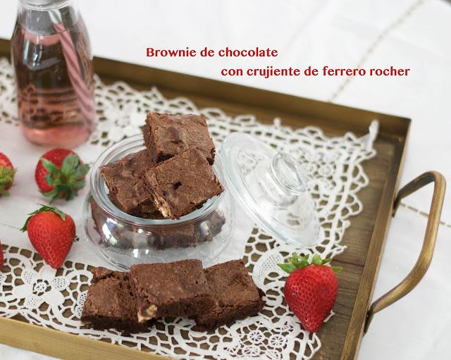 receta de brownie de chocolate con crujiente de ferrero rocher