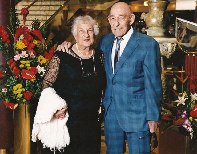 Evelyn Rogoff dan Murray