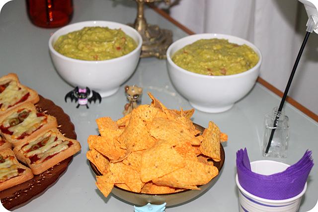 Decoração Festa de Halloween : Guacamole Mexicana e Doritos