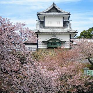 What to do in Kanazawa: Visit Kanazawa Castle and Kanazawa Castle Park