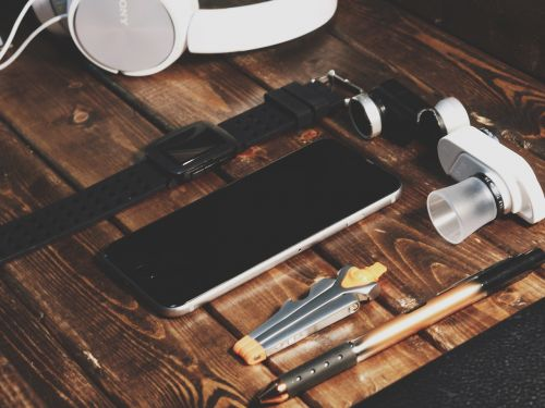 Home tools that we buy but available in smartphones for free