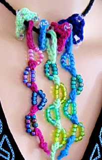 Lovebud Vines: beaded love knots.