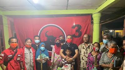 Serahkan Bantuan Kepada Korban Banjir, Kiki Handoko, SE : PDI Perjuangan Tertawa dan Menangis Bersama Rakyat