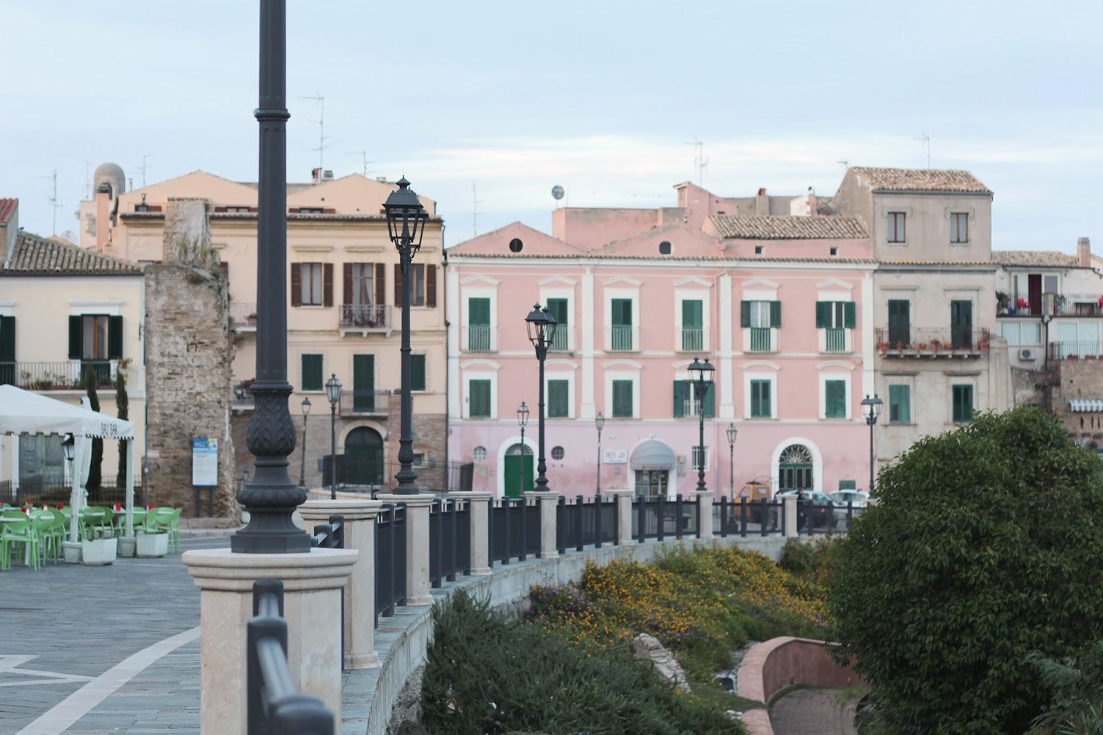 vasto italy italia abruzzo architecture architettura buildings