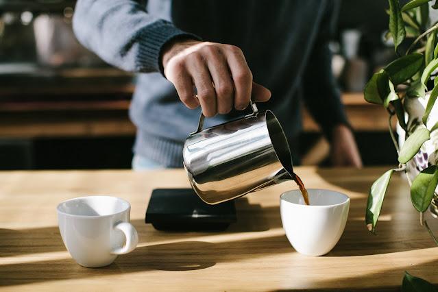 【運動手札】運動後的快充機制,何謂精力短眠 (Power Nap)? - 咖啡 + 20 分鐘短眠 = 咖啡因短眠 (Caffeine Nap)