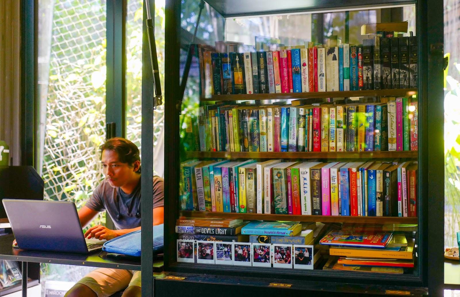 book barter cafe, cyberjaya