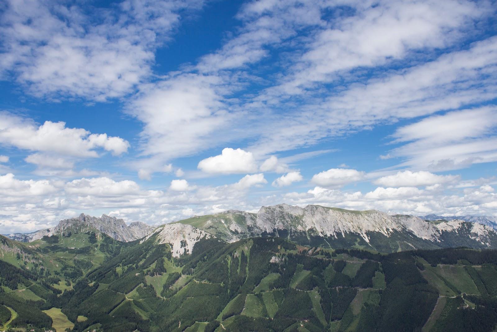 Zweitätige Rundwanderung von der Hirnalm über den Grete Klinger Steig zum Reichenstein und über Krumpenhals und Krumpensee wieder zurück zur Hirnalm - Blick zur Griesmauer und zum Hirscheggsattel
