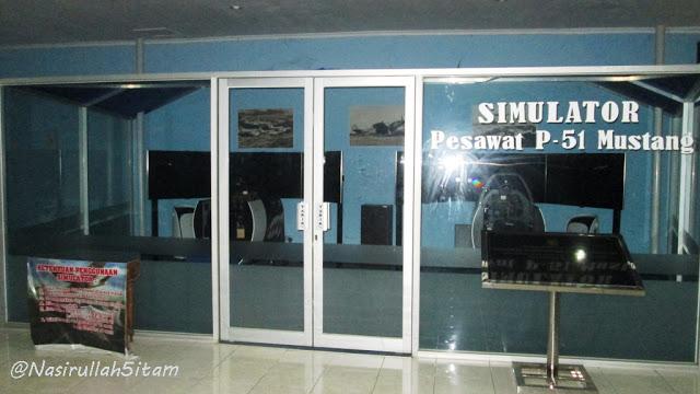 Ruang Simulator pesawat